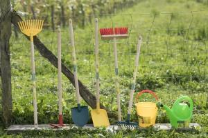 Top-parents.fr : Les Outils de jardinage pour enfants de chez ...