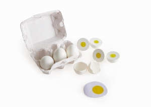 E3156_Egg_tray_with_eggs