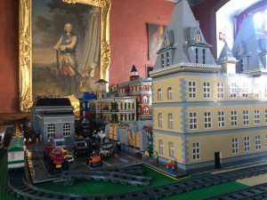 Exposition_100_LEGO_credit_Chateau_dAncy_le_Franc_3