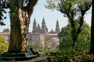 SANTIAGO._Alameda_Park_and_views
